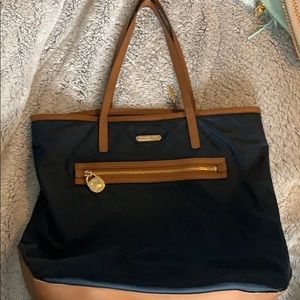Large Michael Kors shoulder bag